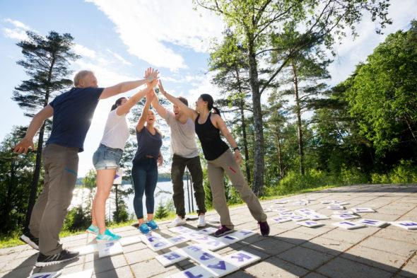 Jak skutecznie zaplanować i zorganizować wyjazd integracyjny?
