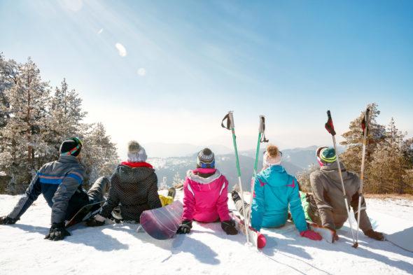 Wyjazdy firmowe w góry – sposób na zimową integrację