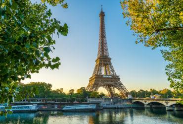 Wycieczka do Paryża wśród znajomych z pracy